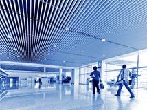 Пассажир в авиапорте Интерьер авиапорта Стоковая Фотография