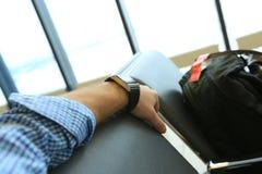 Пассажир в авиапорте Стоковое Изображение