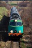 пассажир сельской местности проходя поезд Стоковые Изображения