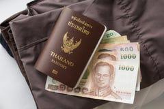 Пасспорт и одежды Таиланда Стоковое Фото