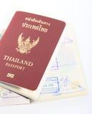 Пасспорт Таиланда на белой предпосылке Стоковые Изображения