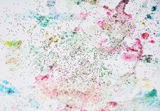 Пастельная краска акварели в желтых, розовых, фиолетовых и голубых оттенках Стоковое фото RF