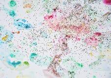 Пастельная сверкная краска акварели в желтых, розовых, фиолетовых и голубых оттенках Стоковое Изображение RF