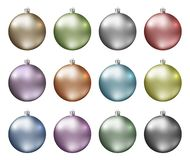 Пастельные безделушки рождества Спектр пастельного цвета шариков рождества изолированных на белой предпосылке Photorealistic высо стоковые изображения rf