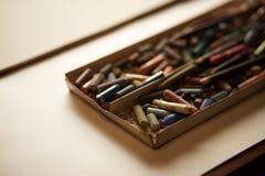 Пастельные crayons сложенные в коробке Backlight-2 Стоковая Фотография RF