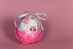 Пасхальное яйцо, искусство, Handmade конец m вверх Стоковая Фотография RF
