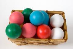 пасхальное яйцо корзины Стоковая Фотография