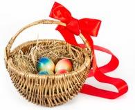 пасхальные яйца корзины коричневые цветастые Стоковое Изображение