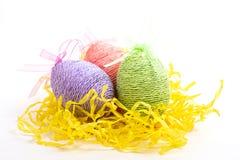 Пасхальные яйца на белизне Стоковая Фотография
