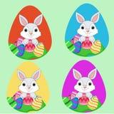 Пасхальные яйца с кроликами Стоковые Изображения