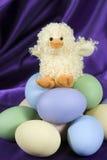 пасхальные яйца утки вертикальные стоковая фотография rf