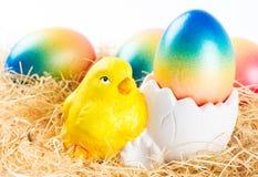 пасхальные яйца цыпленка цветастые Стоковая Фотография RF