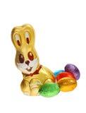 пасхальные яйца шоколада зайчика золотистые Стоковое Изображение