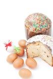 2 пасха и яичка на белой предпосылке Стоковая Фотография RF