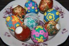 Пасха украшенные пасхальные яйца стоковое фото rf
