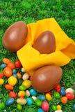 3 пасхального яйца на зеленой траве Стоковые Изображения RF