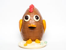 Пасхальное яйцо украшенное как цыпленок стоковая фотография