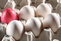 Пасхальные яйца в кассете Стоковая Фотография