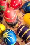 Пасхальные яйца и украшение пасхи Стоковая Фотография RF
