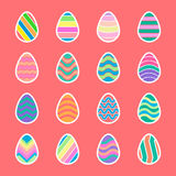Пасхальные яйца при белые установленные значки границы Стоковое Изображение