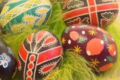 Пасхальные яйца с изображением Стоковые Изображения