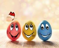 Пасхальные яйца с улыбкой и бабочкой Стоковое Изображение