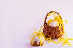 пасхальные яйца торта Стоковая Фотография RF