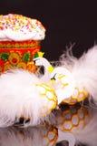 Пасхальные яйца украшенные как белые лебеди Стоковые Фотографии RF
