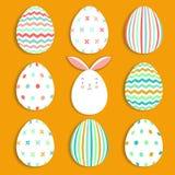 Пасхальные яйца установили собрание и зайчика на оранжевой предпосылке, иллюстрации вектора Стоковые Фотографии RF