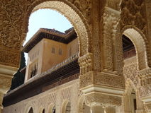 Патио de los Леон в Альгамбра granada Испания стоковые изображения