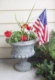 Патриотический цветочный горшок стоковое изображение rf