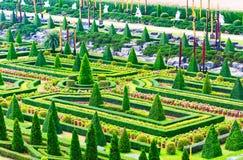 ПАТТАЙЯ, CHONBURI - 18-ое марта 2016: Красивые декорумы сада Стоковые Изображения