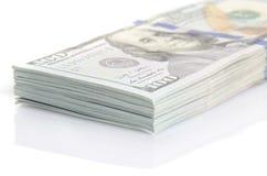 Пачка 100 долларов бумажных денег Стоковая Фотография