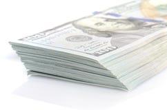 Пачка 100 долларов бумажных денег Стоковое Изображение
