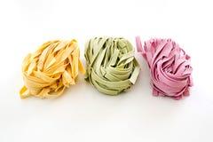 Пачки высушенных макаронных изделий цвета ленты Стоковое Фото