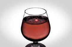 Падение воды в вине Стоковое Изображение RF