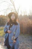 Падение, женщина 12 осени молодая красивая азиатская Стоковое Фото