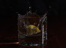 Падение лимона Стоковое Изображение