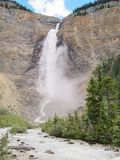 Падение Takakkaw на национальный парк Yoho Стоковая Фотография