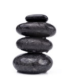 Падения воды на черных камнях курорта Стоковые Изображения RF