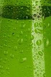 Падения воды текстуры на бутылке стоковые изображения rf