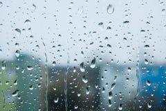 Падения дождя на стекле Стоковое Фото
