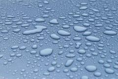 Падения росы на крыше автомобиля Стоковые Фото