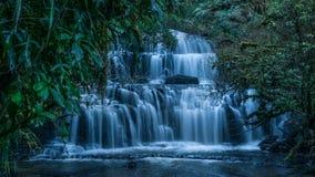 Падения Purakaunui, Catlins, Новая Зеландия Стоковое фото RF