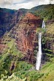 Падения Waipoo, каньон Waimea, Кауаи стоковые фотографии rf