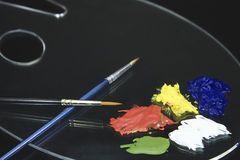 Палитра краски почки с акрилами Стоковые Фото