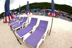 палуба стулов пляжа Стоковая Фотография
