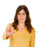Пальцы скрещивания молодой женщины, молящ, крестящ Стоковые Фотографии RF