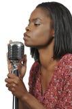 Певица чернокожей женщины Стоковые Изображения RF
