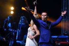 Певицы Stas Piekha и валерия выполняют на этапе во время концерта дня рождения года Виктора Drobysh пятидесятого Стоковые Изображения RF